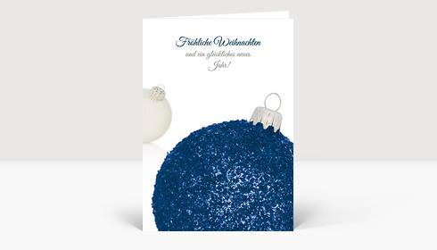Weihnachtskarte Weihnachtskugel strahlend blau