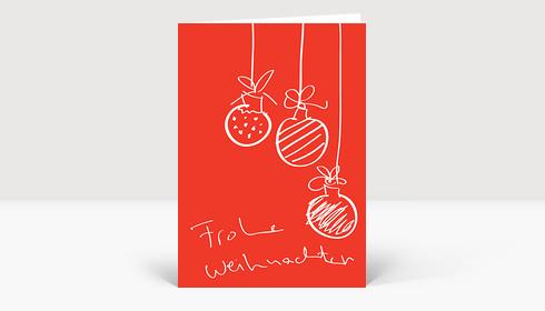 Designer Christbaumkugeln.Weihnachtskarte Drei Handgezeichnete Christbaumkugeln Auf Rot